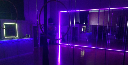 about pole dance miami